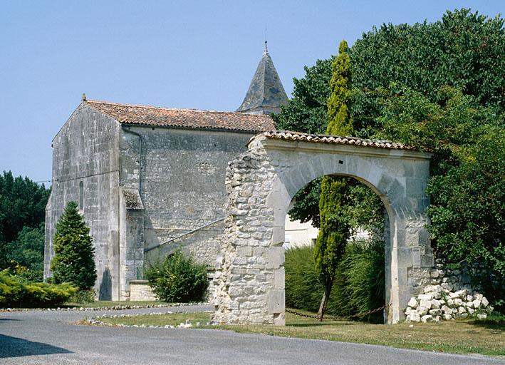 prieuré Saint-Rémy, Saint Alban (prieuré cure)