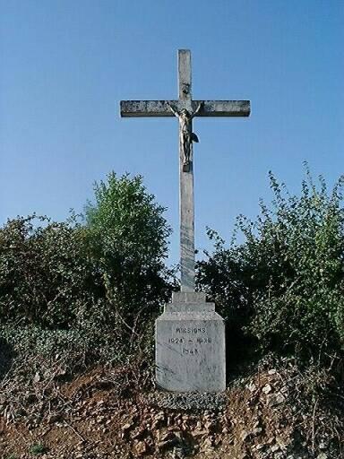 Croix monumentale, croix de mission