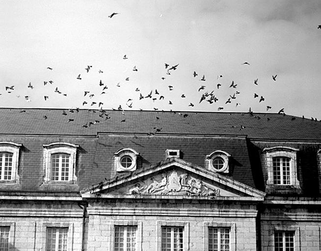 Château ducal d'Aiguillon, actuellement Lycée Stendhal