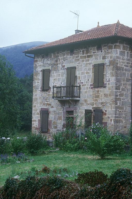 maison forte appelée Jauregia, actuellement maison
