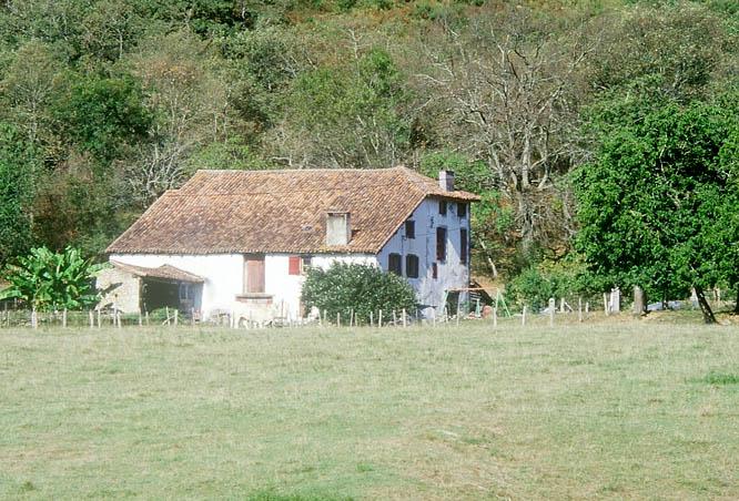 maison forte, actuellement maison Dona Maria