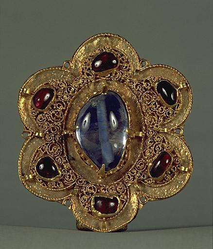 Bijou (plaque d'applique) : plaque de gant