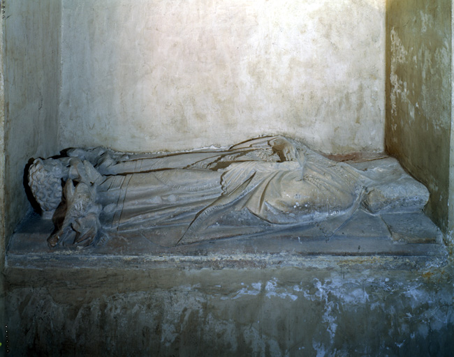 tombeau : gisant de Raymond de Cornil