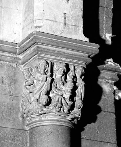 Chapiteaux (10) : Vierge de la Chandeleur