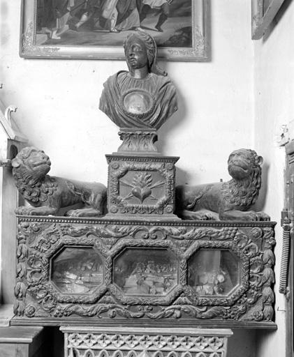 Châsse (coffret-reliquaire), 2 statues, buste-reliquaire