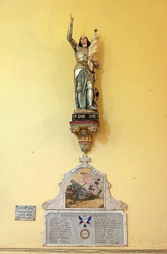 ensemble du monument aux morts de la guerre de 1914-1918 et de la statue (grandeur nature) de la Bienheureuse Jeanne d'Arc avec sa console