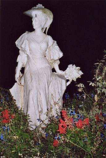 statue (colossal) : L'Eté ou l'Opéra comique moderne