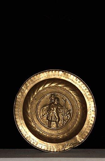 plat de quête : Saint Christophe avec l'Enfant Jésus sur ses épaules