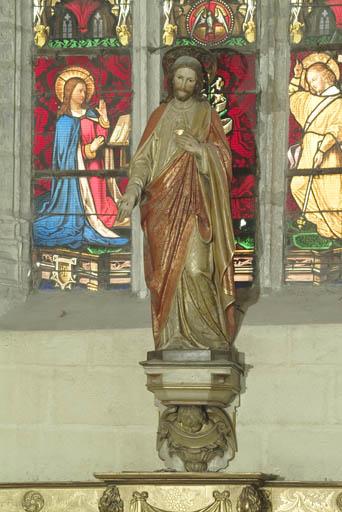 Statue (petite nature) et sa console : Christ du Sacré-Coeur