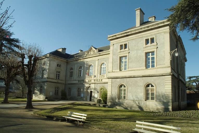 Palais de justice actuellement hôtel de ville