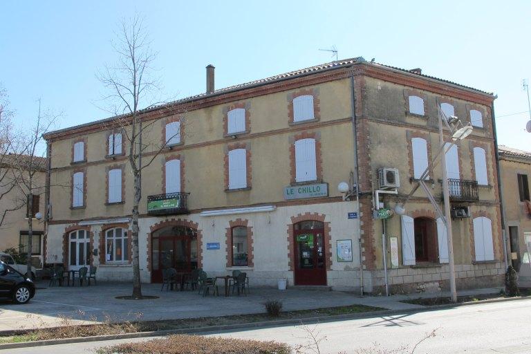 ancien hôtel de voyageur Jamme, actuellement café le Chillo.