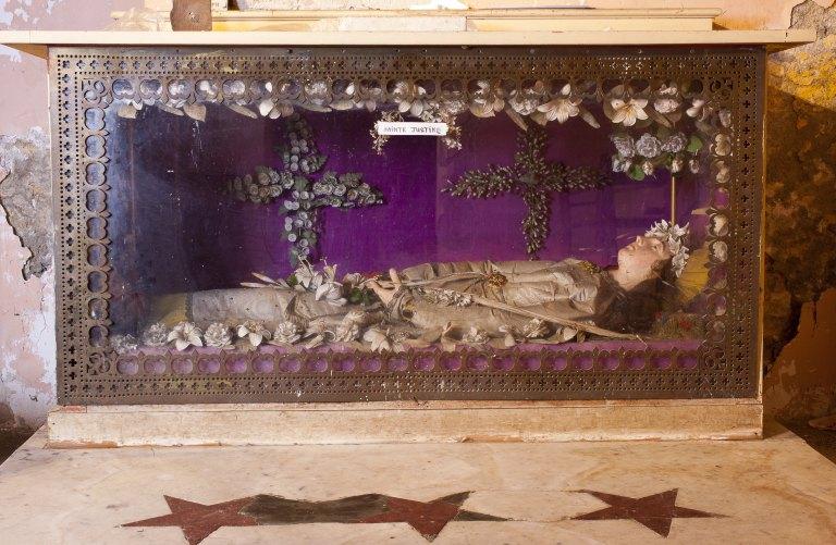 Autel-châsse de sainte Justine martyre