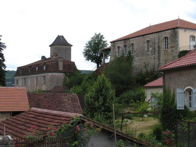 Castrum ou château de Larnagol