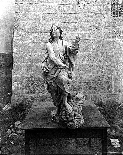 2 statues du maître-autel : Saint Pierre, Saint Jean-Baptiste
