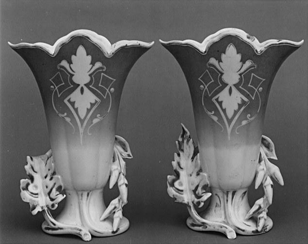 4 vases à fleurs (vases cornets)