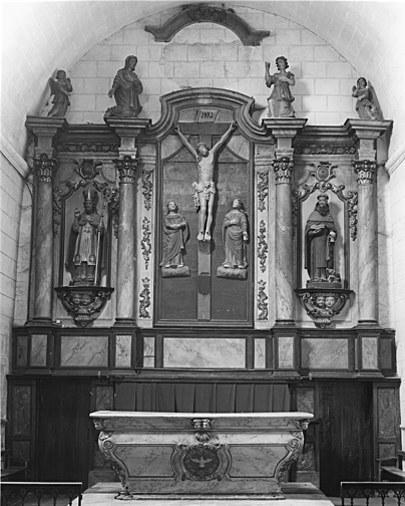 Ensemble du maître-autel (autel, tabernacle, exposition, retable, 4 statues)