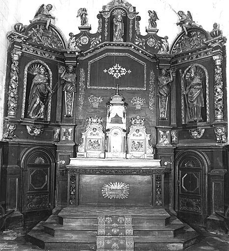 Autel tombeau, gradin d'autel, tabernacle à ailes, exposition, retable architecturé, 6 statues : saint Martial, saint Roch, quatre anges (maître-autel)