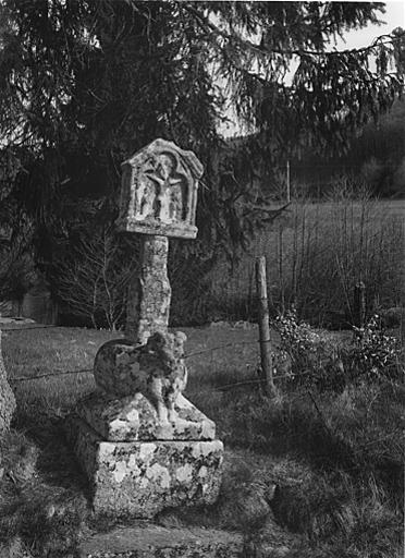 Croix monumentale du Bélier ou des Templiers