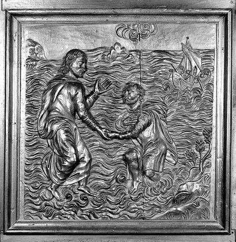 3 bas-reliefs : la Pêche miraculeuse, saint Pierre marchant sur les eaux à l'appel du Christ, la Conversion du centurion Corneille