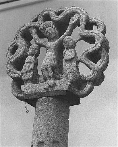 croix monumentale dite croix d'épines