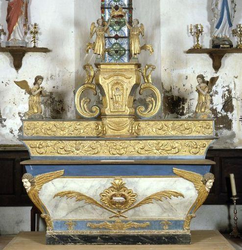 Autel, 2 gradins d'autel, tabernacle urne à dais d'exposition (maître-autel)
