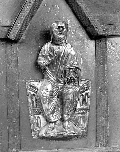châsse n° 2 : élément de décor rapporté (figure d'applique) : Christ glorieux