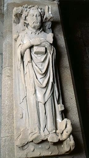 Dalle funéraire (gisant) de Bernard de Ventadour