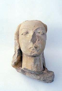 statue : sainte Julitte ?