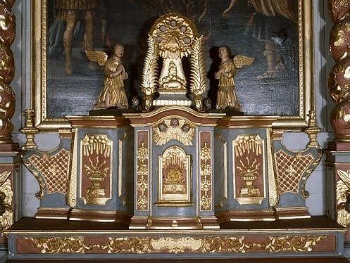 Gradin, tabernacle (tabernacle à ailes)