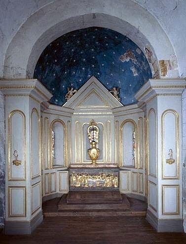 ensemble du maître-autel (autel, gradin d'autel, tabernacle, exposition, lambris de hauteur, 5 statues)
