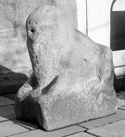 2 statues (grandeur nature) : lions