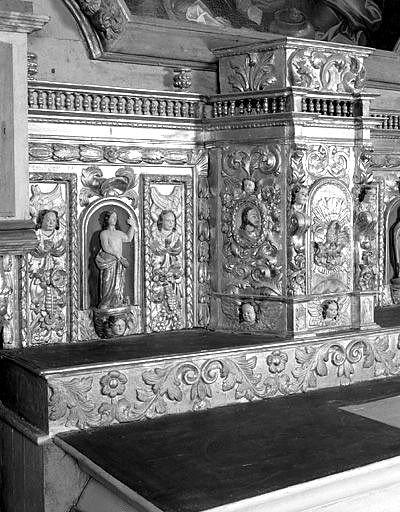 Autel, gradin, tabernacle (maître-autel, tabernacle à ailes)
