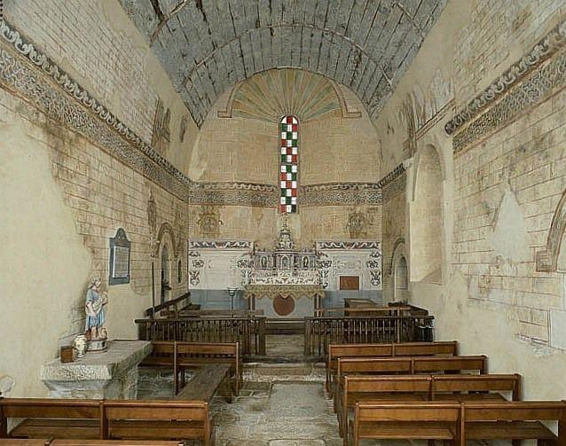 Ensemble des peintures monumentales et des 5 croix de consécration