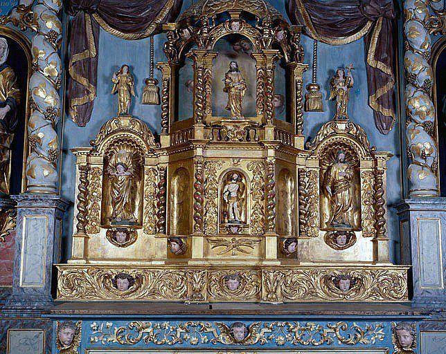 Autel, gradin d'autel, tabernacle, exposition (ensemble du maître-autel)