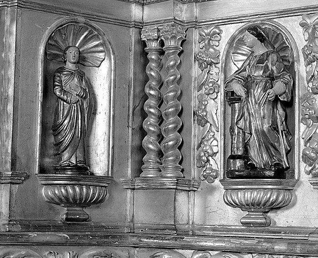 4 statuettes : saint, 2 saintes, sainte Barbe