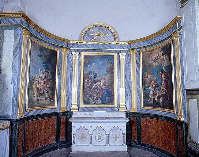 Retable, lambris de revêtement de la chapelle du Sacré-Coeur (ensemble du décor intérieur)