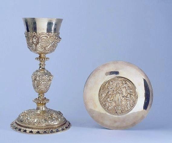 Calice, patène de Gabrielle de Beaufort-Canillac