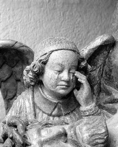 Groupe sculpté (petite nature) : Vierge de Pitié avec un ange dite Notre-Dame des Carmes