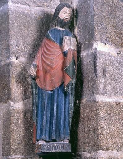 Statue : saint Simon