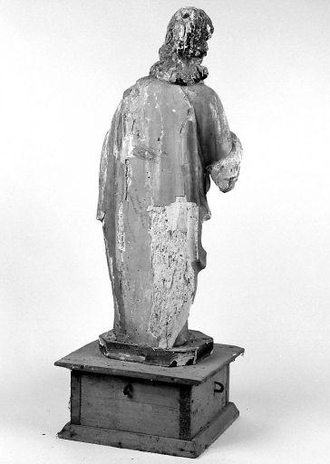 Statue : évangéliste