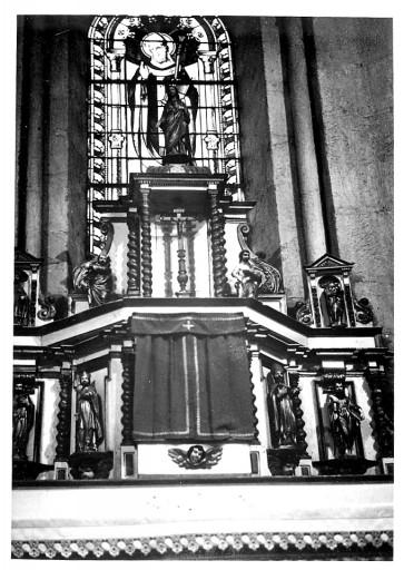 Autel, gradin d'autel, tabernacle à ailes, exposition (maître-autel)