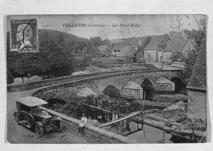 pont Roby ; moulin à farine du Roy, puis usine textile (filature, teinturerie, tissage et foulage de draps) et minoterie du Pont-Roby, actuellement maison