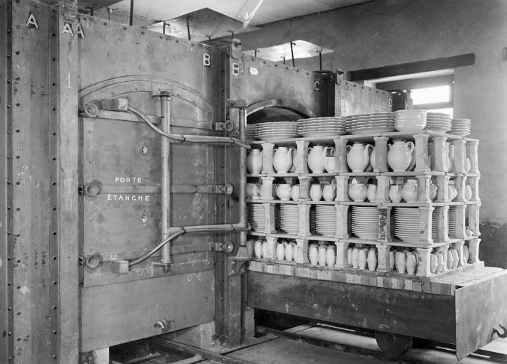 3 machines à convertir : fours-cellules à dégourdi