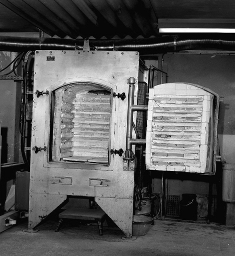 Machine à convertir : four-cellule à décors