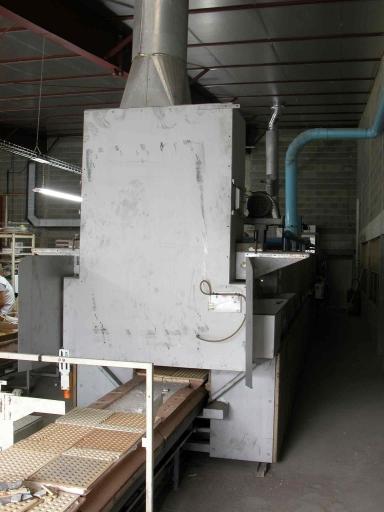 Machine à convertir : four-tunnel à décors