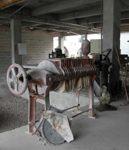 Machine à pressurer : filtre-presse