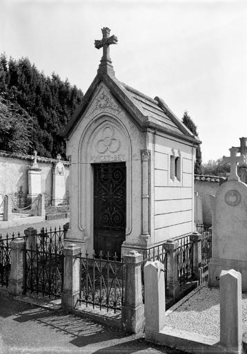 Chapelle funéraire de Claude-Noël Poncey Bey