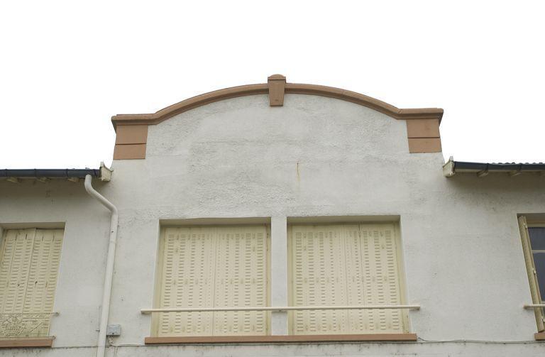 usine de meubles dite Ets Musizzano puis usine d'appareils de levage et de manutention dite Levac