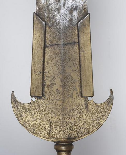 Costumes de suisse (grande tenue) : redingote, 2 gilets, 2 baudriers, 3 épaulettes, deux noeuds