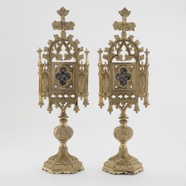 Ensemble de 2 reliquaires des saints Vincent de Paul, François de Sales et autres saints